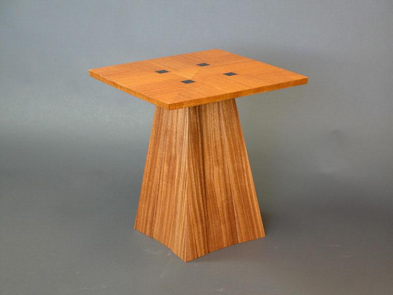 Carlson end table